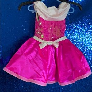 Weissman dance costume